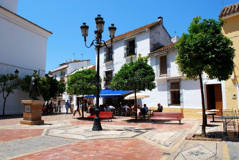 Quadrado da igreja, Marbella fotos de stock royalty free