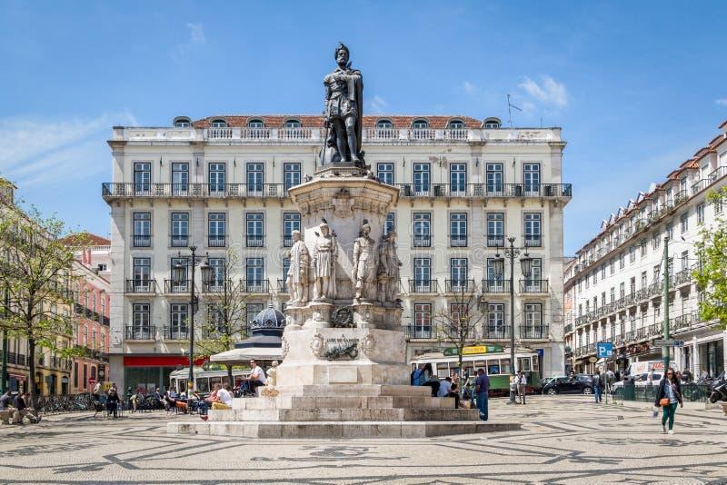 Quadrado de Camoes em Lisboa, Portugal imagem de stock