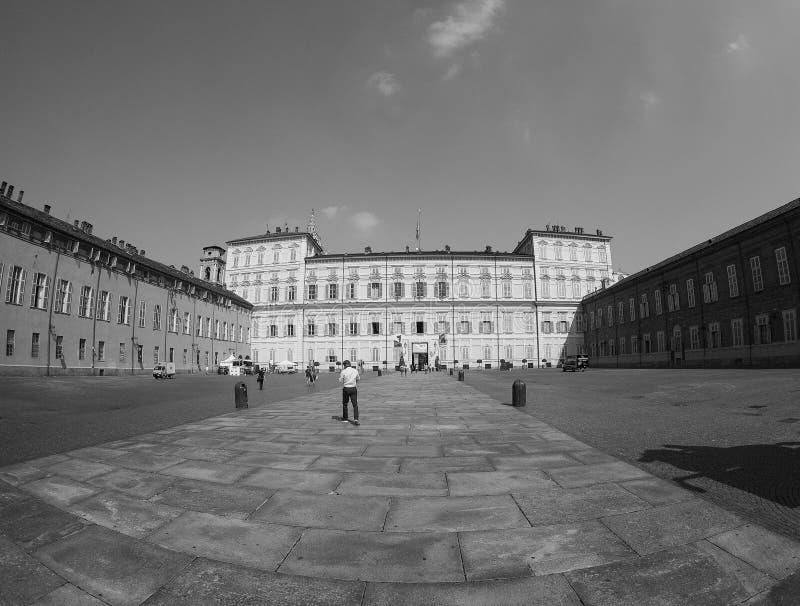 Quadrado de Castello da praça em Turin visto com fisheye no preto e no w imagens de stock royalty free