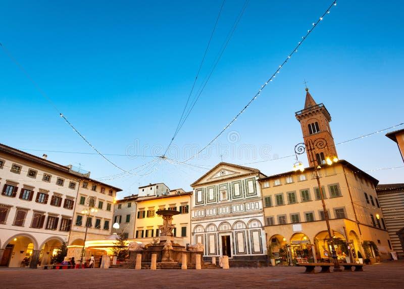 Quadrado de Farinata degli Uberti em Empoli, Itália fotos de stock