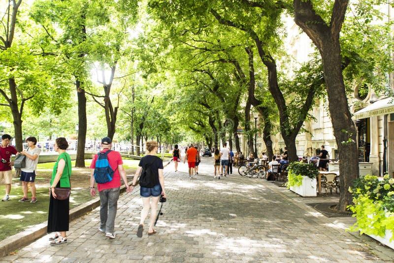 Quadrado de Hviezdoslav em Bratislava, Eslováquia foto de stock royalty free