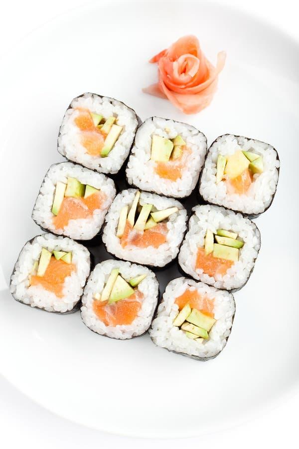 Quadrado de rolos de sushi com sashimi foto de stock royalty free