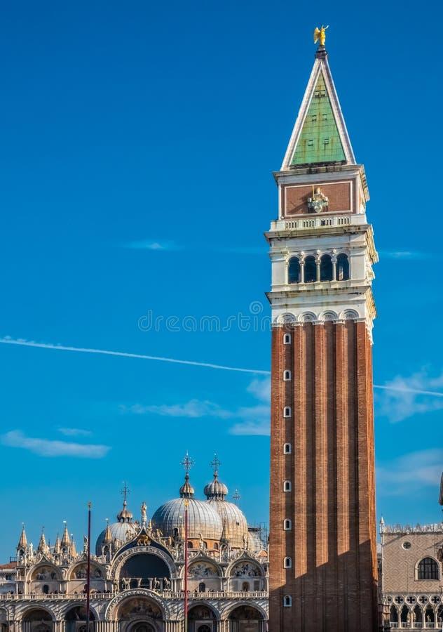 Quadrado de San Marco St Mark da praça, Veneza, capital da região de Vêneto, um local do patrimônio mundial do UNESCO, Itália do  fotos de stock