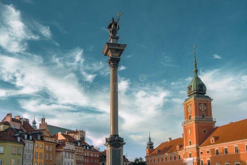 Quadrado do castelo em Vars?via, Poland foto de stock royalty free