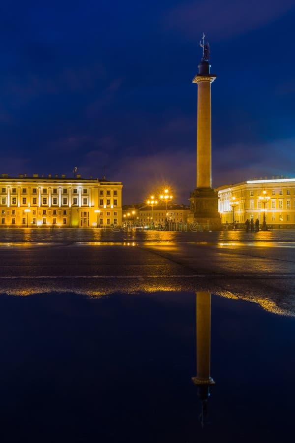 Quadrado do palácio, St Petersburg, Rússia fotos de stock royalty free