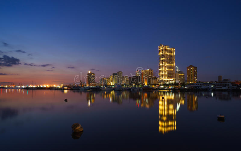 Quadrado do porto de Manila imagem de stock