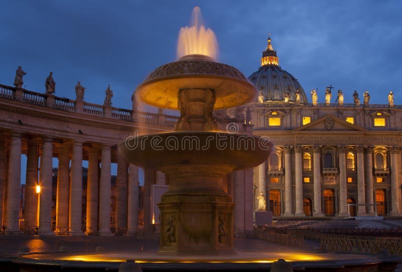 Quadrado do St Peter - Cidade do Vaticano imagens de stock