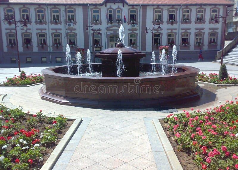 Quadrado em Arandjelovac, Sérvia imagens de stock royalty free