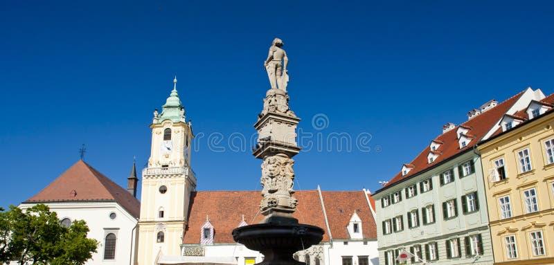 Quadrado principal e câmara municipal velha, Bratislava, Eslováquia fotos de stock royalty free