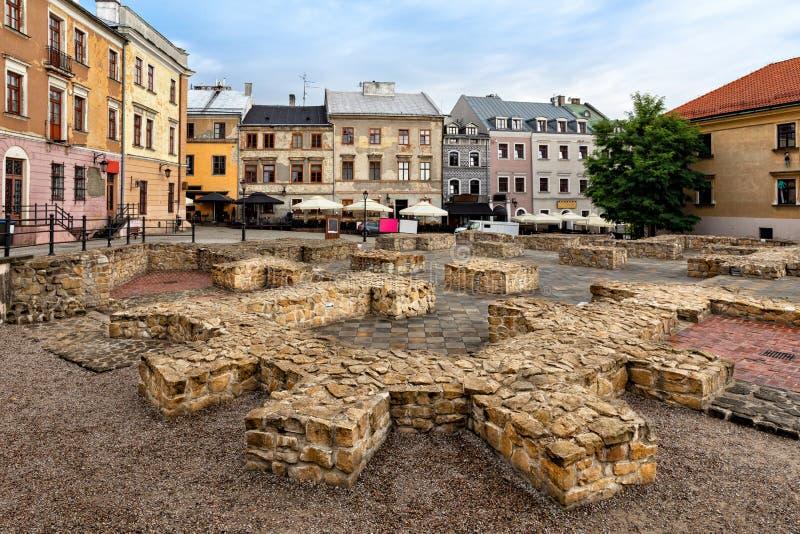 Quadrat PO Farze gelegen in der alten Stadt in Lublin, Polen stockbilder