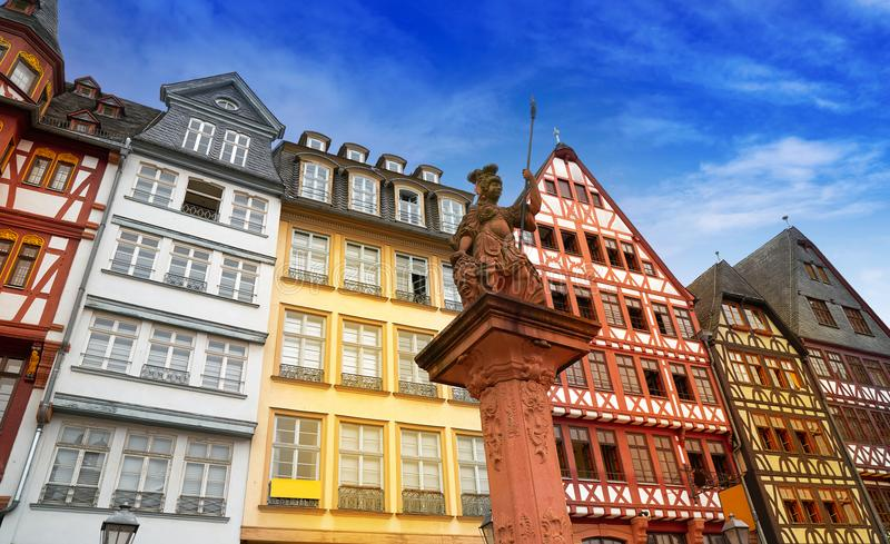 Quadratische alte Stadt Deutschland Frankfurts Romerberg lizenzfreie stockbilder