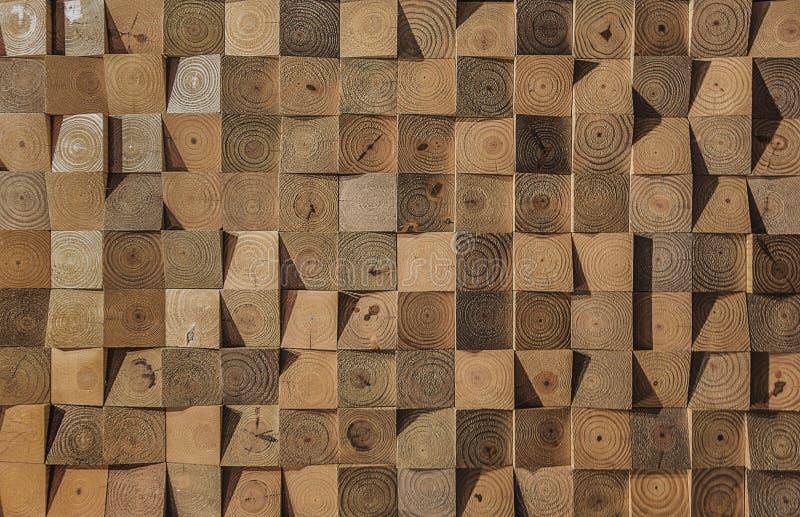 Quadratische braune hölzerne Kubikbeschaffenheit für Hintergrund lizenzfreies stockbild