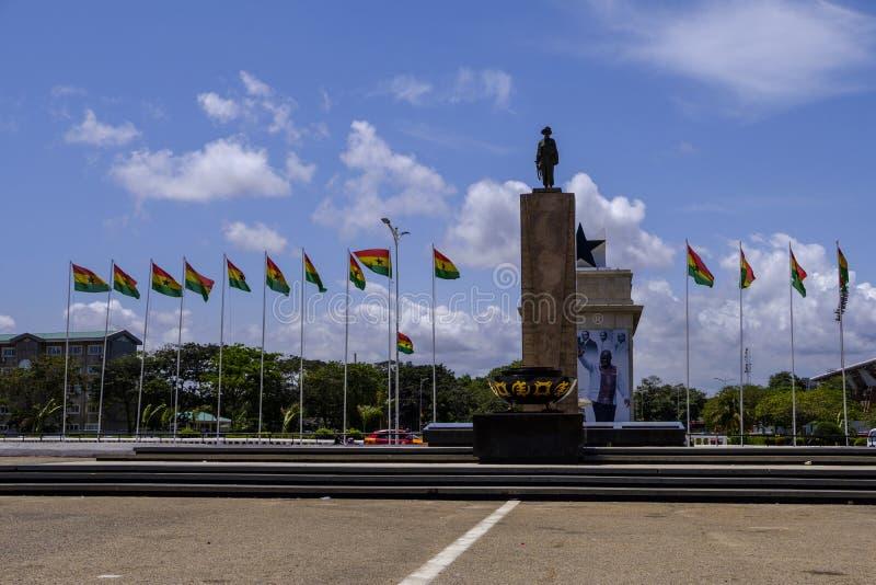 Quadratische Statue Accra Ghana der Unabhängigkeit lizenzfreies stockbild