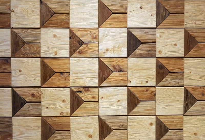 Quadratisches Holzklotzmuster handgemacht auf der Wand lizenzfreie stockfotos