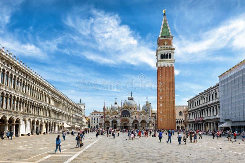 Quadrato del ` s della piazza San Marco, o di St Mark, a Venezia fotografia stock libera da diritti
