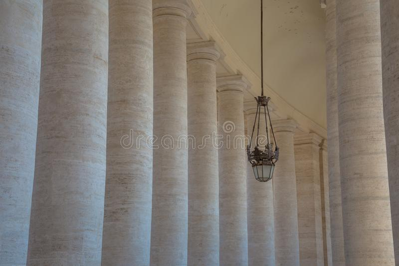 Quadrato del ` s di St Peter a Città del Vaticano immagine stock