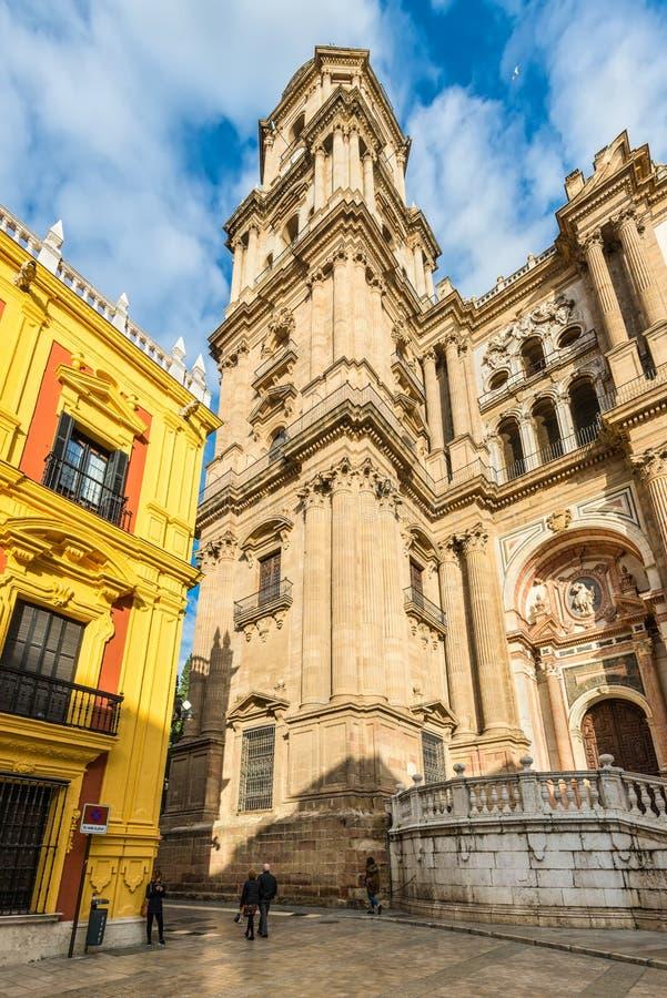 Quadrato della cattedrale ed il palazzo episcopale a Malaga, Spagna fotografia stock libera da diritti
