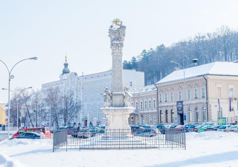 Quadrato della trinità santa in Pozega immagini stock