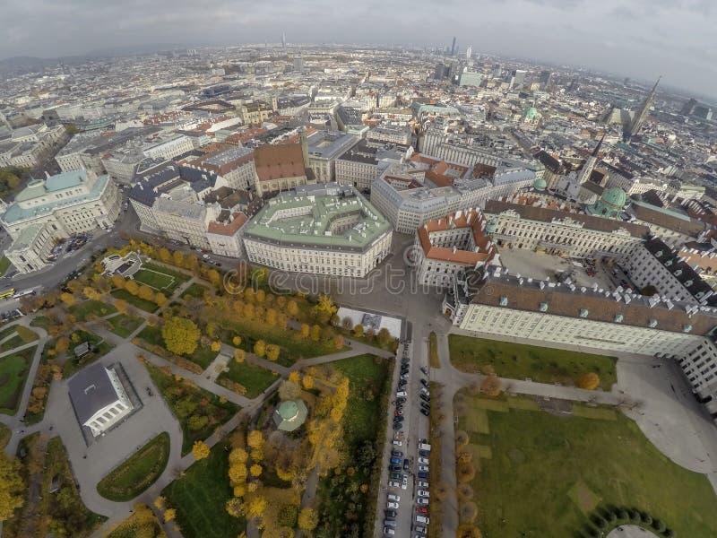 Quadrato di eroi a Vienna immagine stock