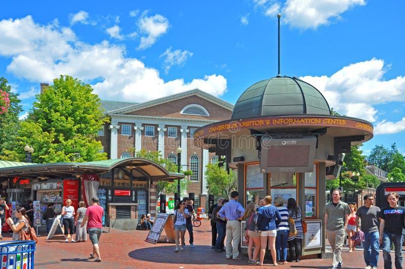 Quadrato di Harvard nell'università di Harvard, Boston immagine stock
