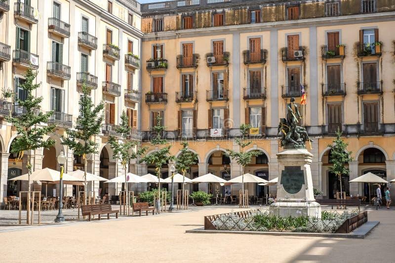 Quadrato di indipendenza a Girona, Spagna fotografie stock libere da diritti