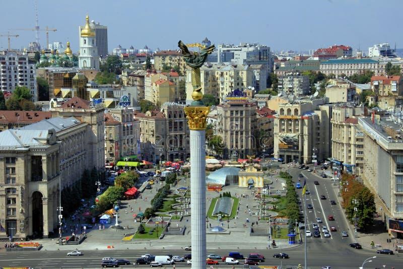 Quadrato di indipendenza, (Maidan Nezalezhnosti) a Kiev, Ucraina fotografia stock libera da diritti