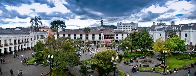 Quadrato di indipendenza a Quito fotografie stock libere da diritti