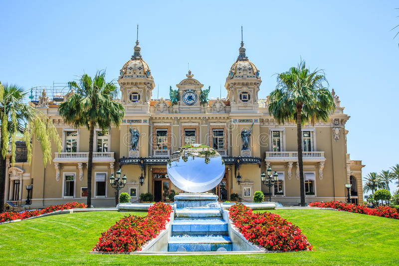 Quadrato di Monte Carlo Casino fotografia stock libera da diritti