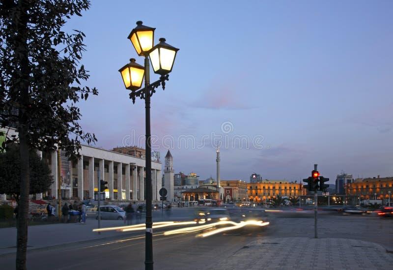 Quadrato di Scanderbeg a Tirana l'albania fotografie stock