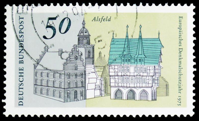 Quadrato principale del mercato con municipio, Alsfeld, serie europeo di anno del patrimonio architettonico, circa 1975 fotografie stock