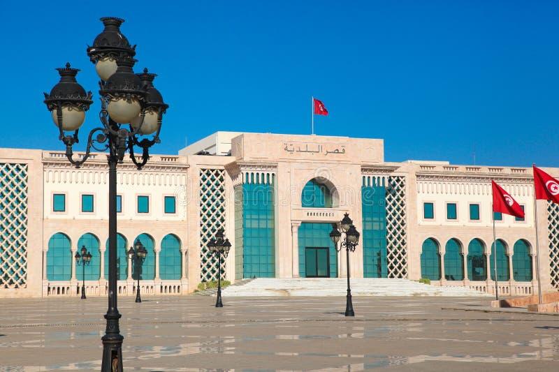Quadrato principale di Tunisi. Punto di riferimento dell'attrazione turistica con i monumenti immagini stock libere da diritti