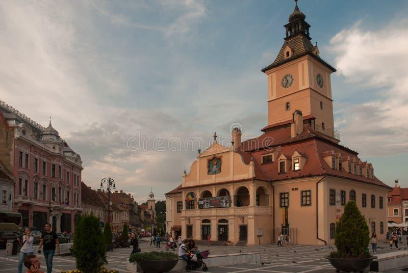 Quadrato principale Romania di Brasov fotografie stock