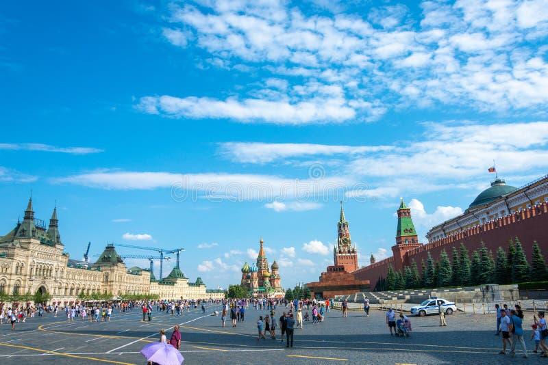 Quadrato rosso nel giorno soleggiato di estate, 06/22/2019, Mosca, Russia immagine stock