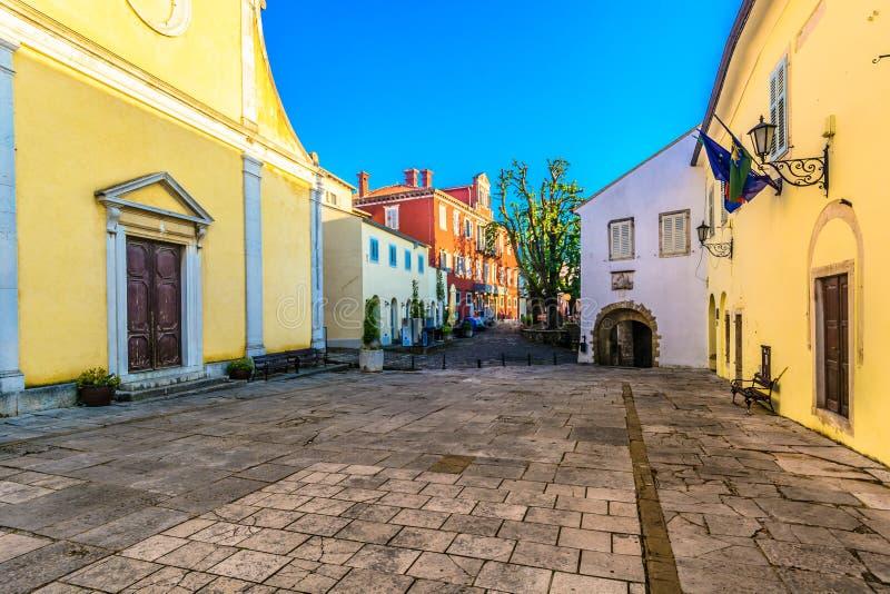 Quadrato storico in Motovun, Istria fotografia stock