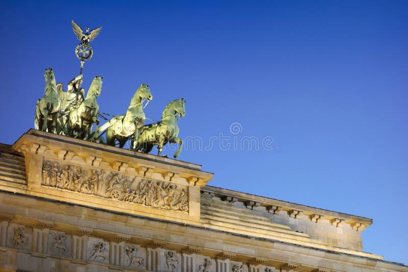 Quadriga del cancello di Berlino Brandeburgo fotografia stock