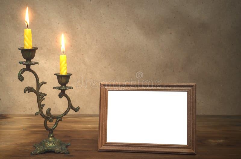Quadro da foto com espaço da cópia e vela ardente imagem de stock royalty free