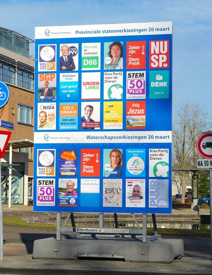 Quadro de avisos holandês das eleições, em março de 2019 imagens de stock
