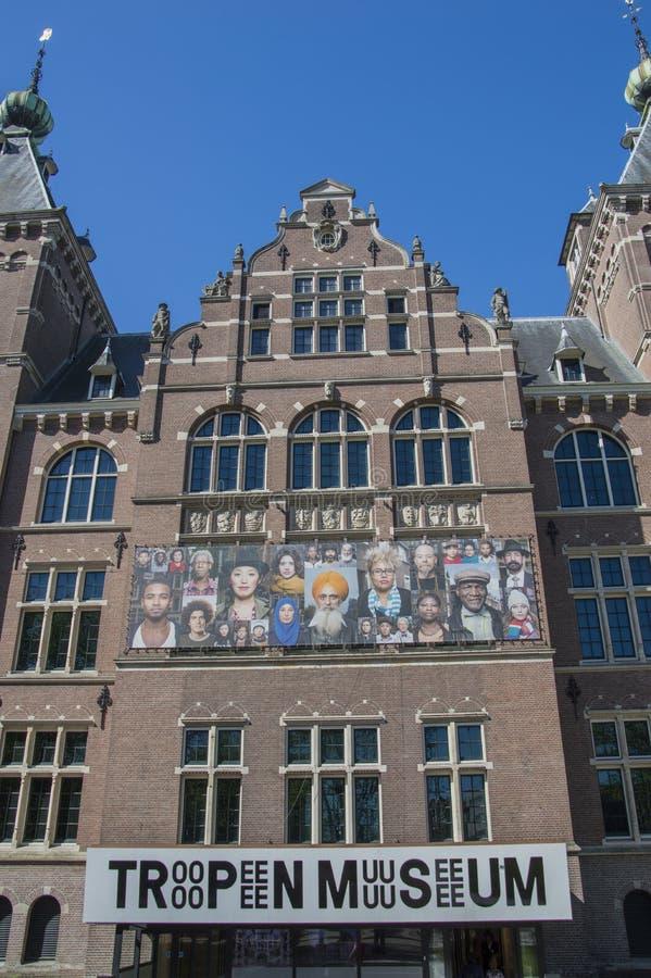 Quadro de avisos no Tropenmuseum em Amsterdão os Países Baixos fotos de stock royalty free