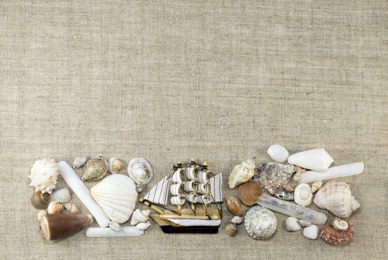Quadro marinho com o navio, horizontal fotografia de stock