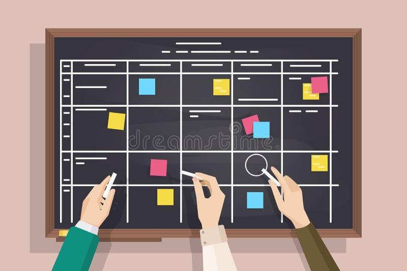 Quadro-negro com a tabela tirada nela, em notas de post-it sticked e em mãos guardando partes de giz Placa para o diário eficaz ilustração stock