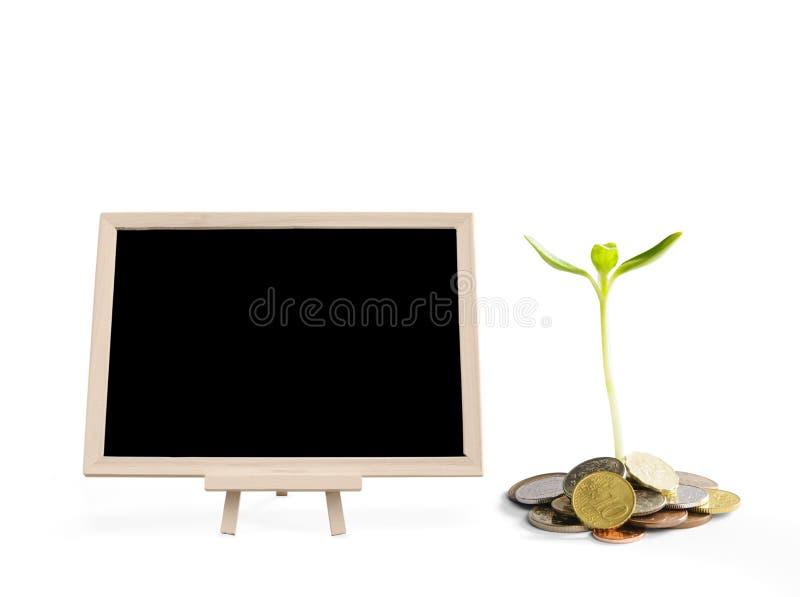 Quadro-negro vazio com conceitos do investimento fotografia de stock royalty free
