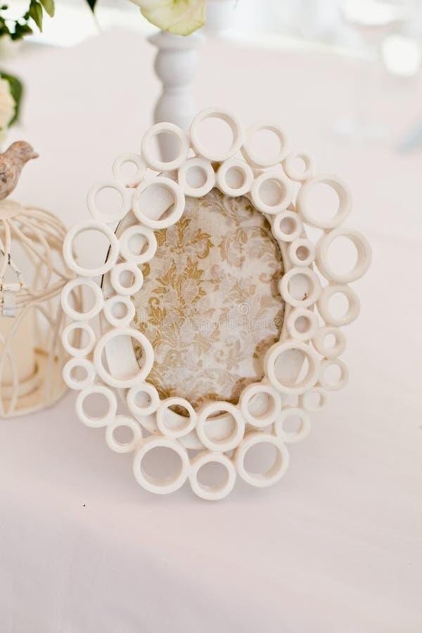 Quadro oval branco do vintage foto de stock royalty free