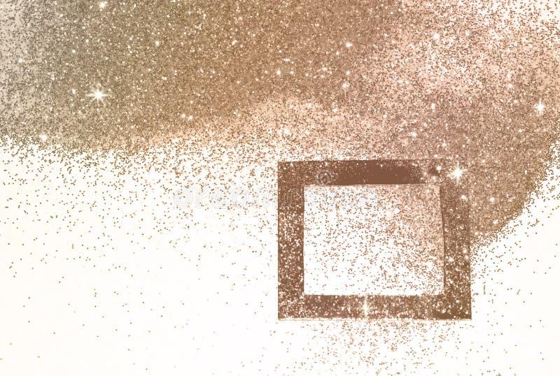 Quadro preto no brilho cor-de-rosa do ouro, fundo com beira para seu projeto em cores do vintage imagem de stock