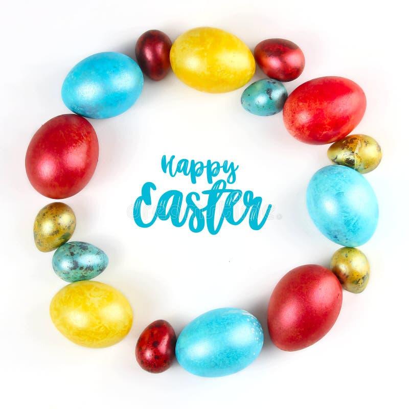 Quadro redondo de ovos da páscoa coloridos pintados imagens de stock royalty free