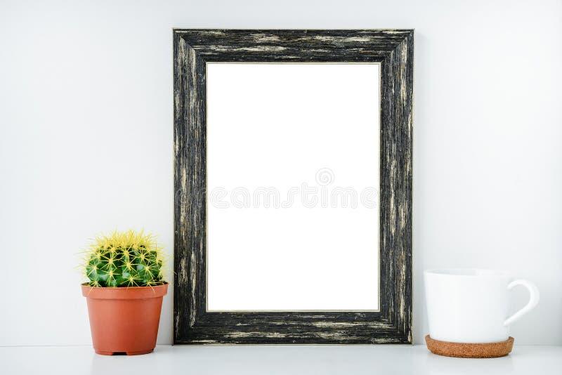 Quadro vazio preto com fundo isolado branco imagem de stock