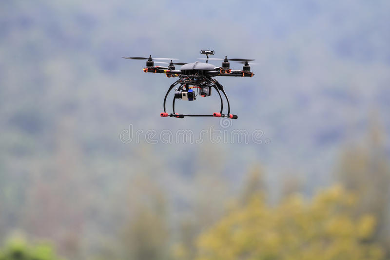 Quadrocopterhommel royalty-vrije stock foto