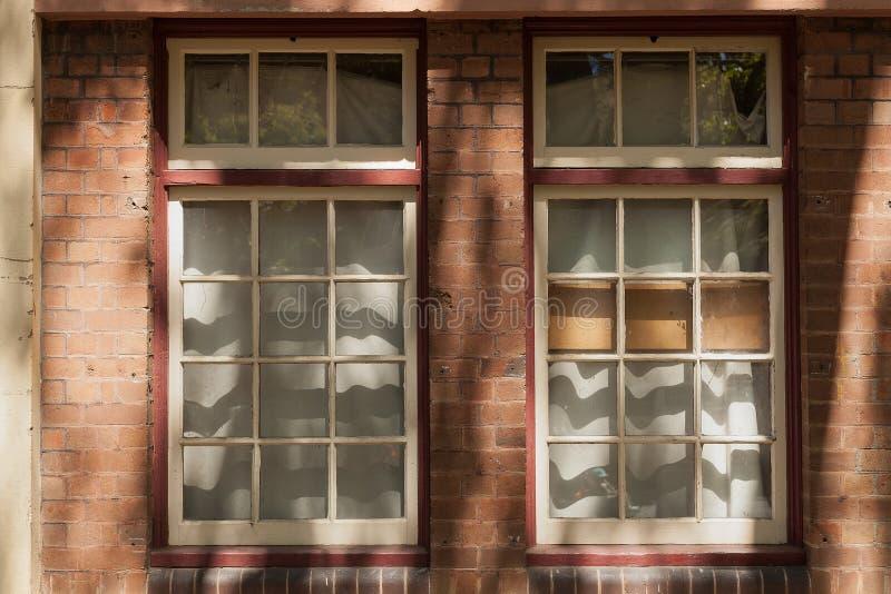 Quadros e sombras de janela da madeira fotos de stock