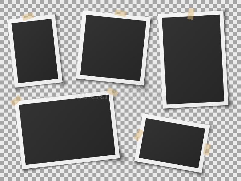 Quadros real?sticos da foto Quadro vazio das fotos do vintage com fitas adesivas Imagens na parede, álbum retro da memória Vetor ilustração stock