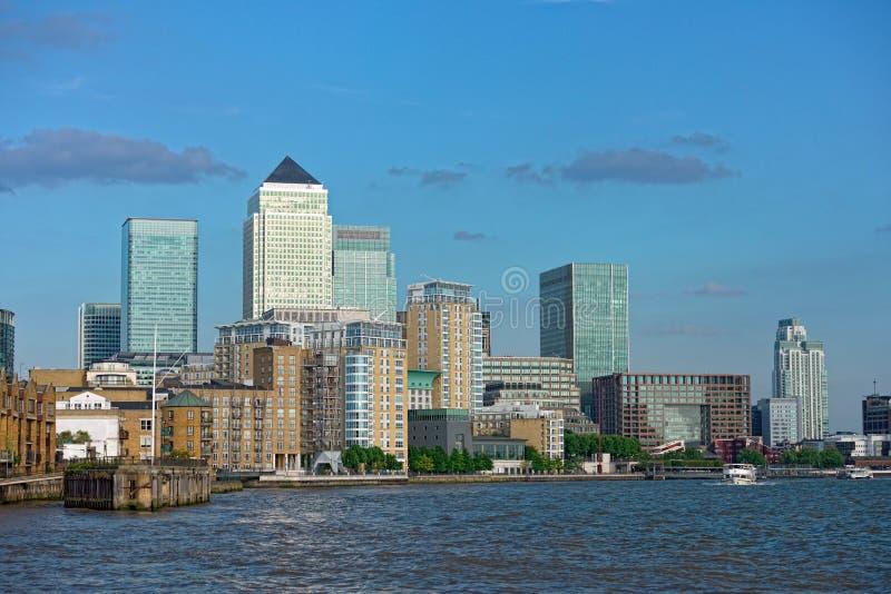 Quai jaune canari, Londres, Angleterre, R-U, l'Europe photos stock