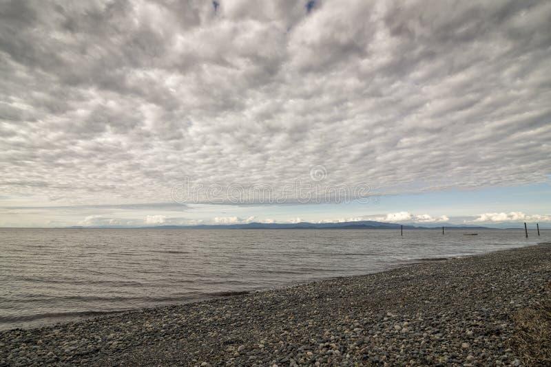 Qualicum-Strand an der Dämmerung stockbilder